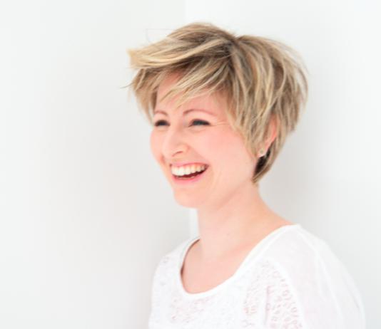Perte de cheveux : comment bien choisir sa perruque ?