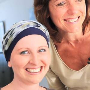 Conseils beauté - Révéler sa féminité pendant un cancer @Chloé, lectrice de Rose Magazine, et Corinne Chenet, socio-esthéticienne.