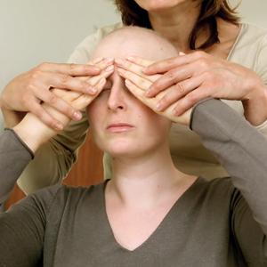 Massage visage - Comment appliquer sa crème de jour