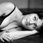 """Témoignages: """"Ma cicatrice et moi"""".Lydie, 30 ans, Pas-de-Calais ©Christian Kettiger. roseupassociation - rosemagazine"""