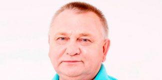 Gérard, 65 ans, consultant dans l'événementiel, marié depuis vingt-deux ans, toujours amoureux de sa femme malgré les traitements