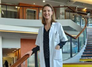 Aliette Dezellus propose un lipofilling pour lutter contre la sécheresse vaginale - roseup association
