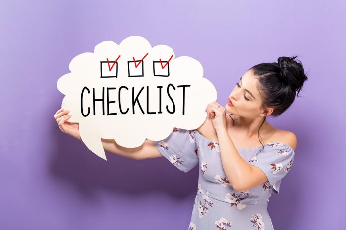 checklist RoseUp Association Face aux cancers osons la vie shutterstock