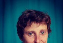 Florence a été touchée par un cancer hormonodépendant qui la contraint à prendre une hormonothérapie pour éviter les récidives. Un traitement qu'elle a du mal à supporter. Roseup face aux cancers osons la vie
