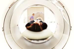 Les IRM sont indispensables pour les bilans d'extension en oncologie - roseup association - rosemagazine