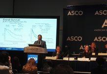 Edward B. Garon présente les résultats de l'étude KEYNOTE-001 à la conférence de presse de l'ASCO - roseup association