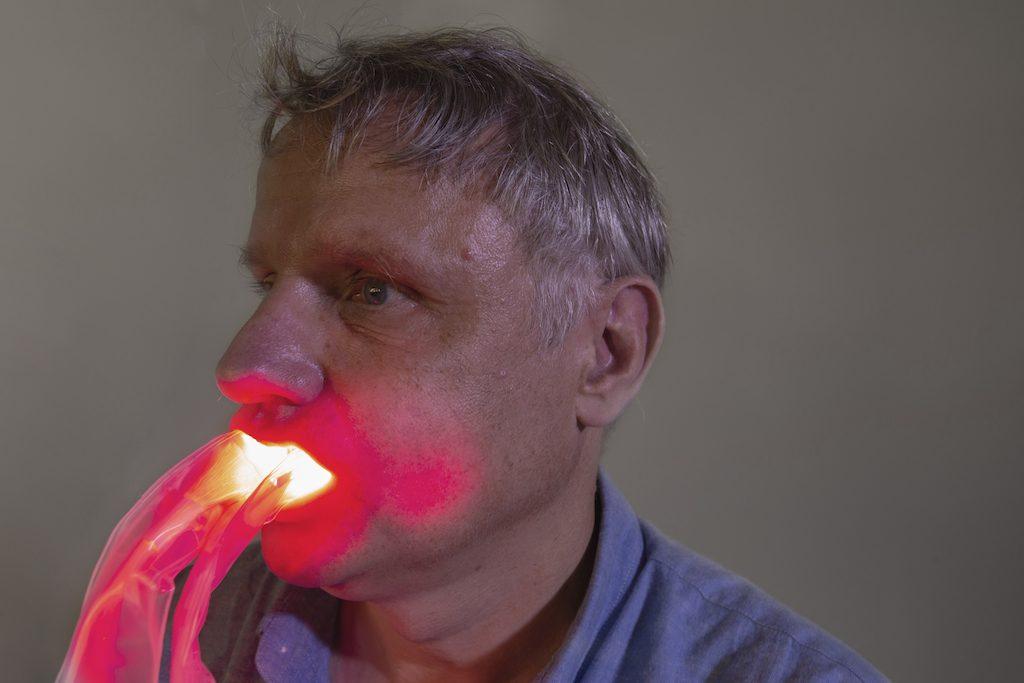 Le dispositif de Neomedlight permet de soigner les mucites grâce à la lumière - roseup association - face aux cancers osons la vie