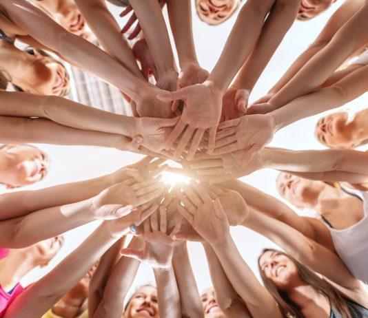 Toutes mobilisées dans la lutte contre le cancer - roseupassociation - rosemagazine