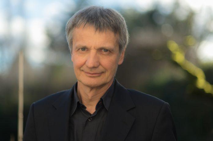 Thomas Bachelot, Coordonnateur adjoint du Département de cancérologie médicale - roseup association - face aux cancers osons la vie-rosemagazine