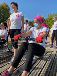 Des femmes touchées par un cancer du sein traversent Paris à la rame - roseupassociation - rosemagazine - avirose