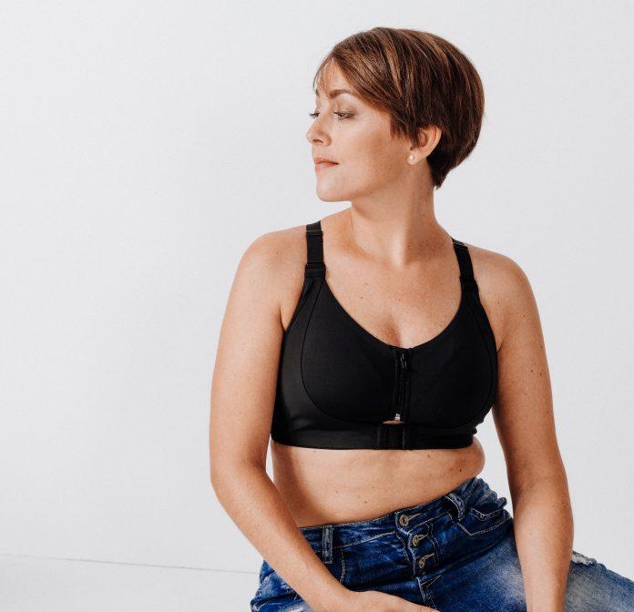 brassière-sport-post-mastectomie-RoseUp Association Face aux cancers osons la vie -Decathlon