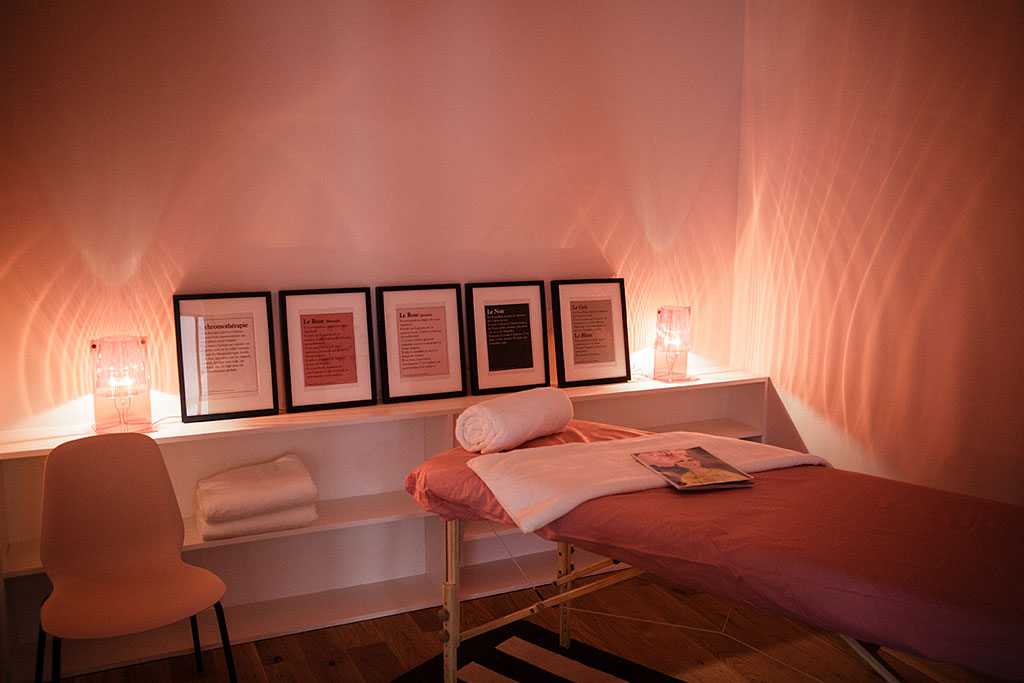 maison-rose-paris-julien-pebrel-salle-massage-roseupassociation-rosemagazine