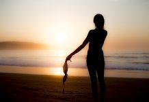 Depuis son cancer, elle a osé se baigner topless- roseupassociation - rosemagazine